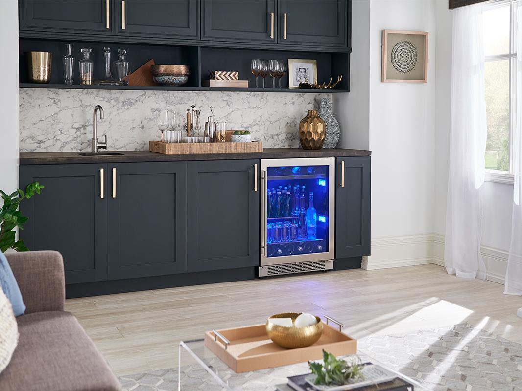 PRB24C01BS - Zephyr Presrv™ Single Zone Beverage Cooler with Retractable Quarter-Shelf