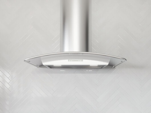 ZMI - Zephyr Milano Wall Range Hood with Stainless Steel Canopy