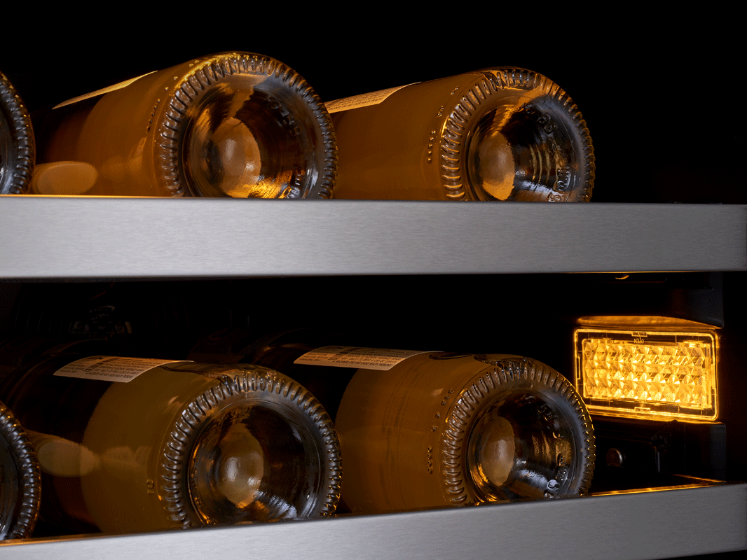 Zephyr Presrv™ coolers 3-Color LED Lighting in Amber